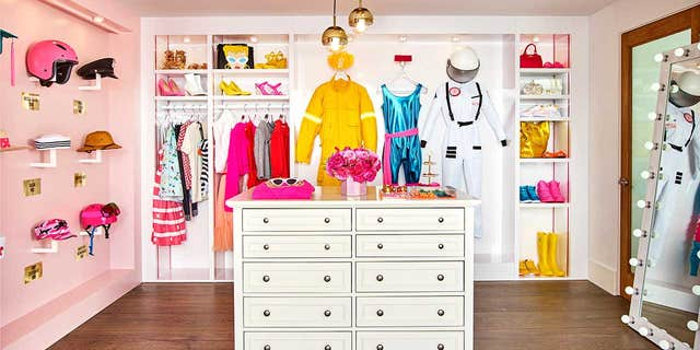"""""""My Dreamhouse is the perfect place to be inspired and learn new things,"""" reads a message from """"Barbie"""" on the listing page. """"I hope it will feel like your Dreamhouse, too."""""""