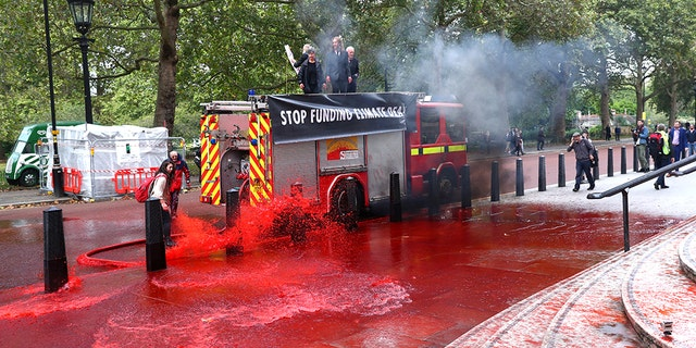 Westlake Legal Group climate-protest-2-Reuters Environmental protesters spray UK's Treasury building with fake blood, four arrested Greg Norman fox-news/world/world-regions/united-kingdom fox-news/world/environment fox news fnc/world fnc eb694889-d413-5edb-894f-3f41c7a06b3f article