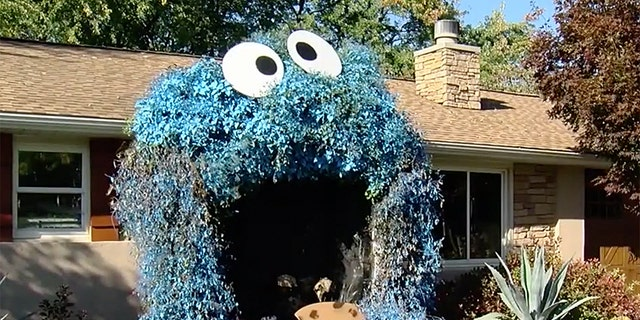 Halloween display turns home entrance into Cookie Monster