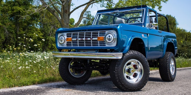 This Classic Ford Bronco Is Powered By An Electric V8