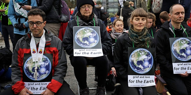 Westlake Legal Group extinction-rebellion-2 Climate protests in Europe result in more than 250 arrests, criticism from German official fox-news/world/world-regions/europe fox-news/world/environment/climate-change fox-news/world/environment fox news fnc/world fnc article a89f5c68-43a1-5d0f-9645-45758e8cdf76