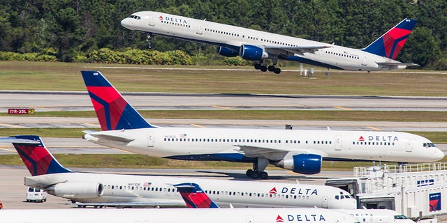 Delta: Woman without ticket boards plane at Florida airport