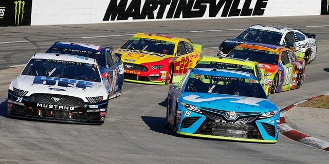 Westlake Legal Group tru2 Martin Truex Jr. wins Martinsville NASCAR race to advance in playoffs fox-news/auto/nascar fox-news/auto/attributes/racing fnc/auto fnc Associated Press article 5eeec791-df67-5a93-a85a-5eaf2e293f97