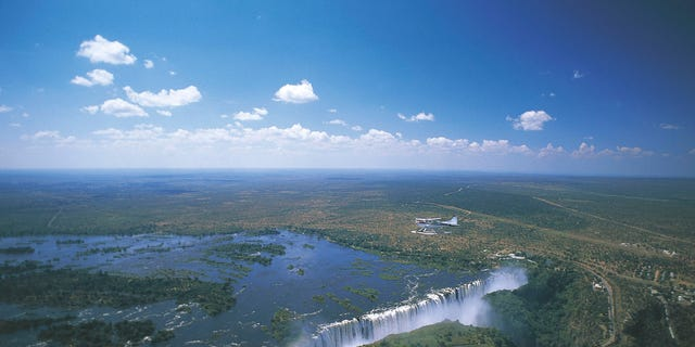 Air type of Victoria Falls (UNESCO World Heritage List, 1989) on the Zambezi River, Zimbabwe The river, which is the fourth largest in Africa, borders several countries - including Botswana.