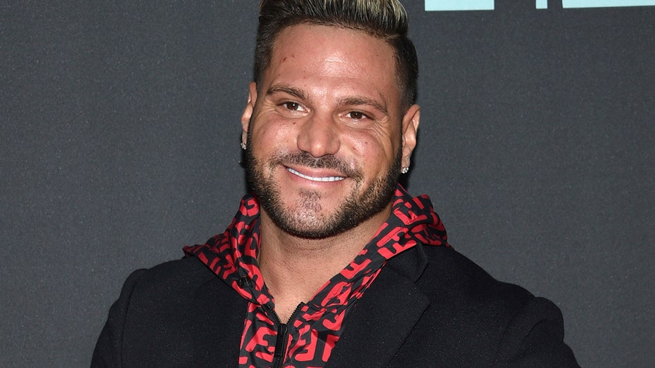 'Jersey Shore' star Ronnie Ortiz-Magro arrested on domestic violence charges in Los Angeles