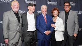 'Happy Days' castmates pay homage to Garry Marshall, sitcom's late creator