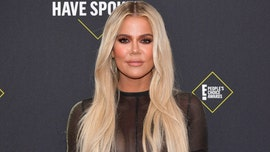Khloe Kardashian apologizes for accidentally snubbing People's Choice Award