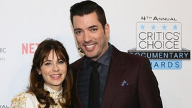 Zooey Deschanel kisses boyfriend Jonathan Scott: 'Simply a perfect date night'