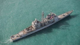 US warship sails through Taiwan Strait in message to China