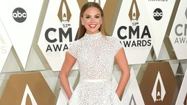 'Bachelorette' Hannah Brown talks meeting someone at the CMAs: 'They could serenade me'