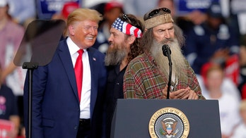 'Duck Dynasty' stars Phil and Willie Robertson speak at Trump rally in Louisiana