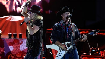 Country duo 'Big & Rich' to perform their coronavirus PSA 'Stay Home' live