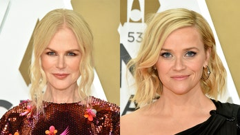 Reese Witherspoon, Nicole Kidman reunite for CMAs