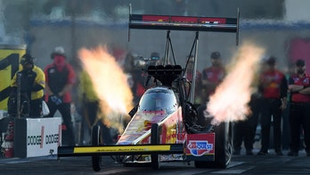 Brittany Force sets NHRA speed record of 338.17 mph on way to Las Vegas win