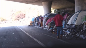 California man claims group of homeless thugs in Oakland beat him with sticks, two-by-fours