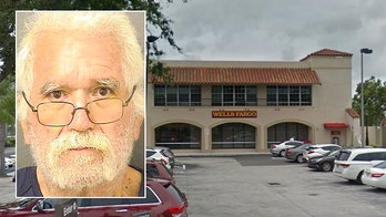 Florida man demands bank teller give him less money during alleged robbery