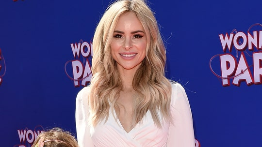 'Bachelor' alum Amanda Stanton recalls ex-husband 'reeking of alcohol' when she was in labor