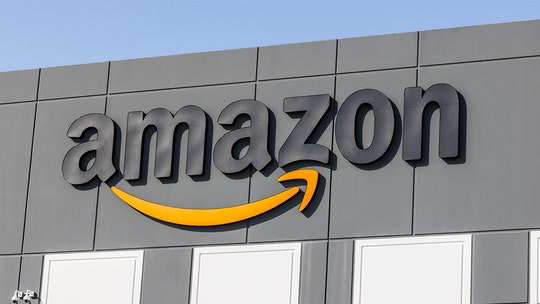 Amazon patent shows roving robots that could drop off items on sidewalks