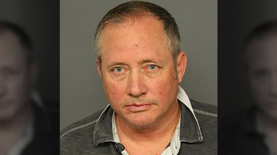 Denver to pay United Airlines pilot $300G after wrongful arrest on indecent exposure charge