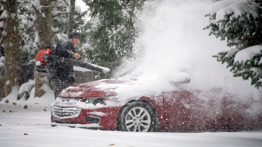 'Arctic airmass' brings record-breaking cold to Midwest, as snow that caused 4 deaths moves East
