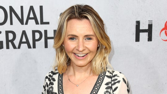 Beverley Mitchell talks about new Christmas movie, possible '7th Heaven' reboot