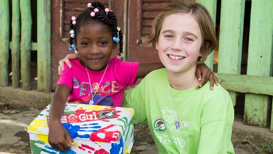 Operation Christmas Child: 1 girl helps give 10,000 shoe boxes full of gifts to children in need