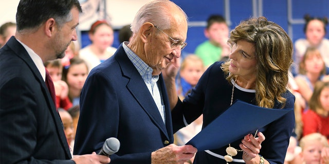 virginia veteran  93  who dropped out of high school to