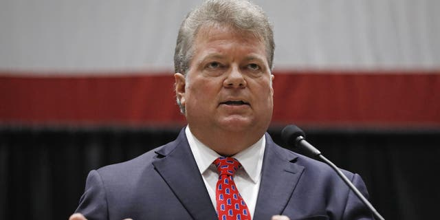 """Democratic nominee for governor, Attorney General Jim Hood, addresses business leaders at the Mississippi Economic Council's annual """"Hobnob Mississippi,"""" in Jackson, Miss., Thursday. (AP Photo/Rogelio V. Solis)"""