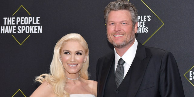 Gwen Stefani and Blake Shelton attend the 2019 E! People's Choice Awards at Barker Hangar on November 10, 2019 in Santa Monica, California.
