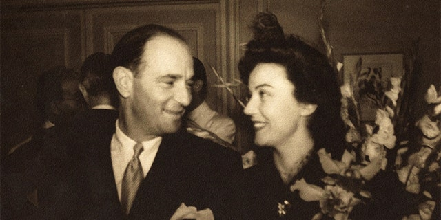 Robert Riskin and Fay Wray during happier times.
