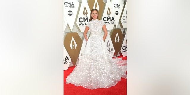 Hannah Brown at the CMA Awards. (Photo by Jason Kempin/Getty Images)