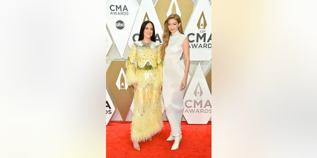Kacey Musgraves and Gigi Hadid at the 2019 CMA Awards. (Photo by John Shearer/WireImage,)