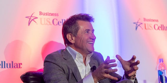 Robert Herjavec has teamed up with U.S. Cellular's Business unit.