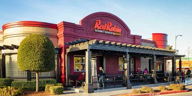 The case relates to pints of Stella Artois sold at Red Robin restaurants. (iStock)