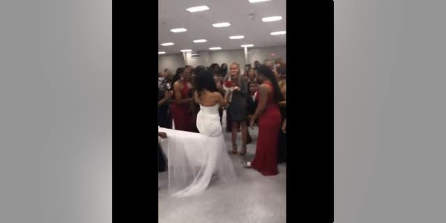 Bride Uses Bouquet Toss At Wedding To Help Her Brother