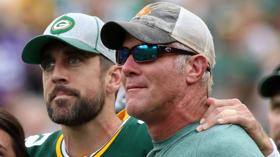 Brett Favre on Aaron Rodgers drama with Packers: 'I just don't see him coming back'