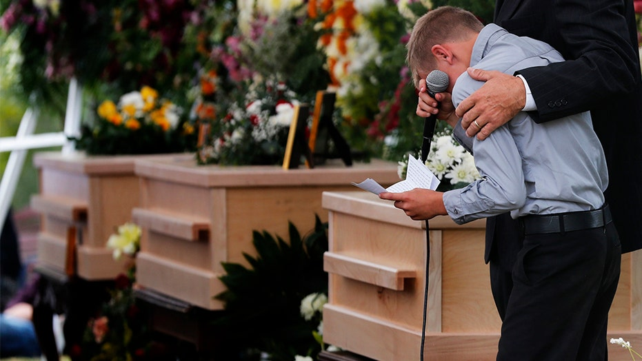 Funerals begin for nine Americans murdered by Mexican drug cartel