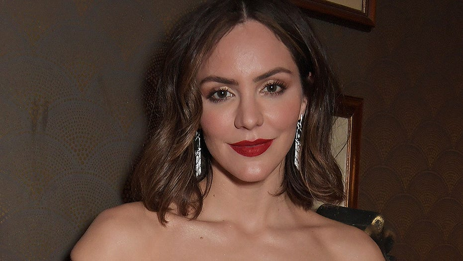 Katharine McPhee compares 'Instagram vs reality' with new maternity shoot photos