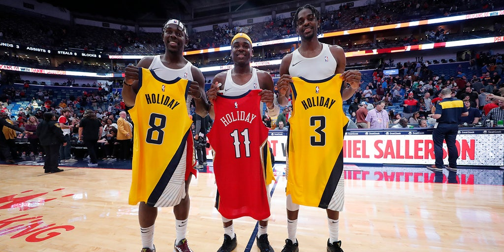 Nba Brothers Make History During Game Between New Orleans