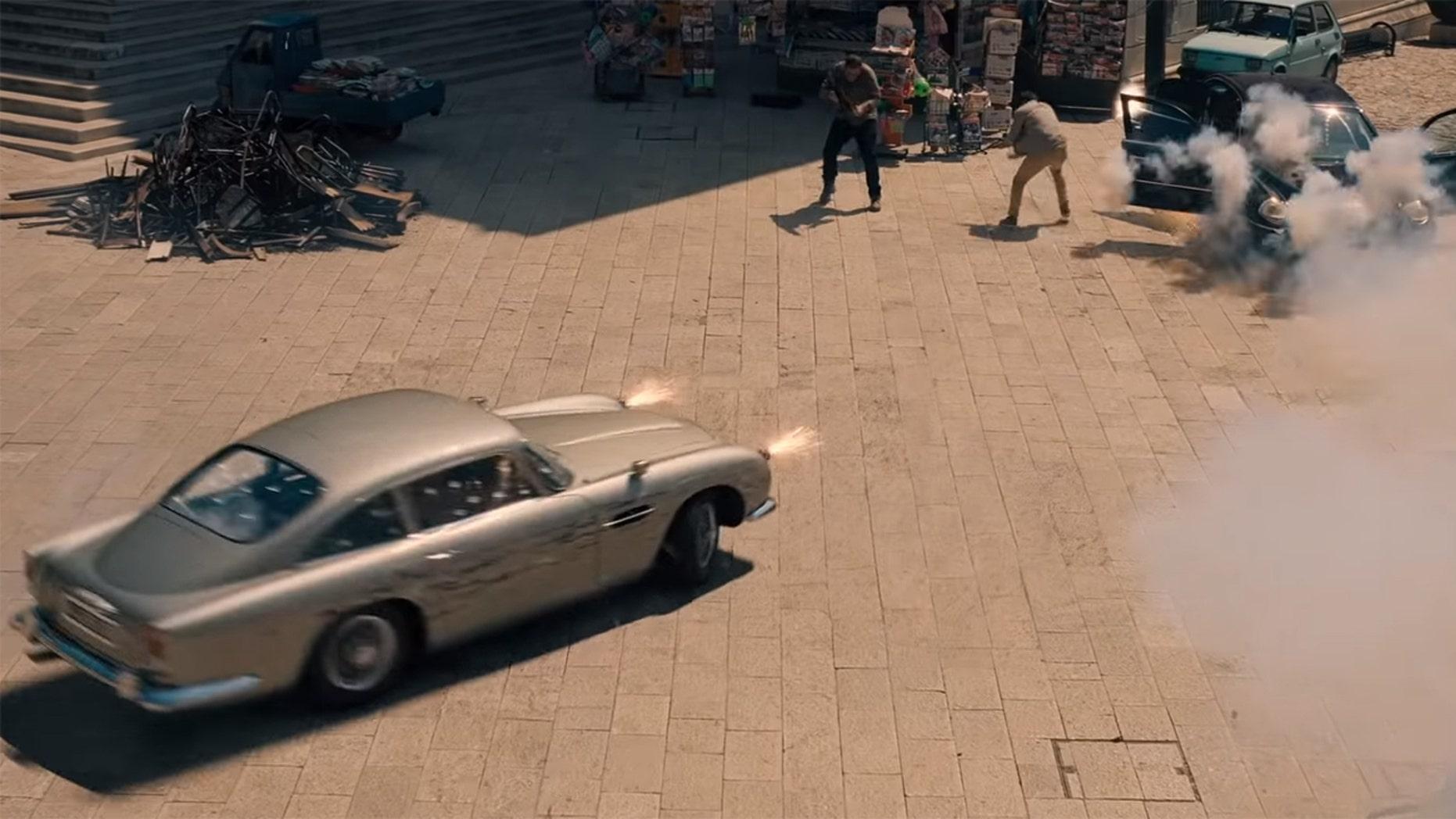 007's Aston Martin DB5
