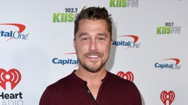 Chris Soules makes first red carpet appearance since his car accident