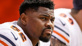 Chicago Bears' Khalil Mack pays off 300 holiday layaway accounts at hometown Walmart