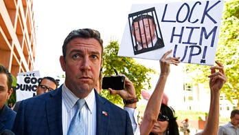 Ethics Committee warns Rep. Duncan Hunter not to vote on House floor after corruption conviction