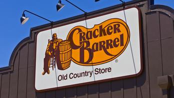 Cracker Barrel waitress surprised with $1,100 tip after diners ask for restaurant's 'best' server