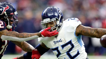 Tennessee Titans' Derrick Henry thanks kitchen, maintenance staff after securing rushing title