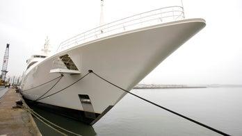 Superyacht slams into bridge in St. Maarten, viral video shows