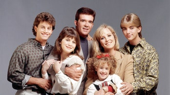'Growing Pains' cast grieves Alan Thicke death 35 years after show's premiere