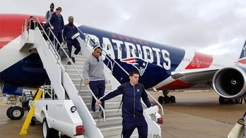 Navy football travels 'the right way,' takes New England Patriots private jet to Liberty Bowl