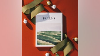 10 best Christmas-gift Bibles: From teen-friendly to financially savvy