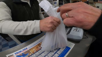 Massachusetts, New Jersey move closer to plastic bag bans